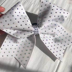 🤍white rhinestone cheer bow🤍